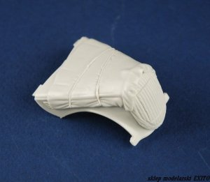 PANZERART 35218 - 1:35 Ford 3000 engine deck with winter Canvas