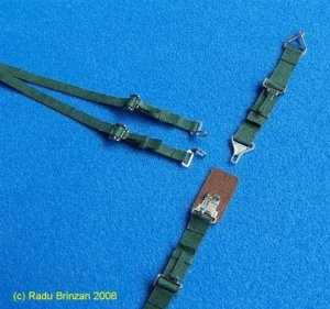 RB PRODUCTIONS P320081 - 1:32 USAF / USN Seatbelts (Green)