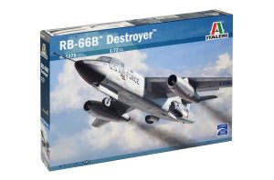 ITALERI 1375 - 1:72 Douglas RB 66 B Destroyer