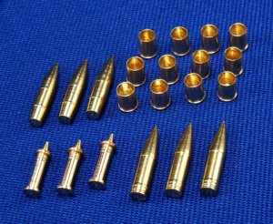 RB MODEL 35P24 - 1:35 Ammunition 10.5cm leFH18 , Wespe