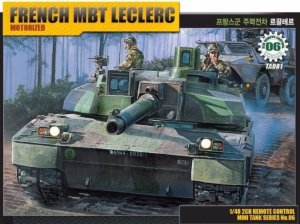 ACADEMY 13001 - 1:48 French MBT Leclerc (model z napędem)