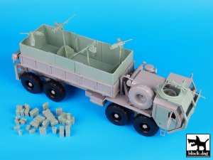 BLACK DOG T35071 - 1:35 M977 HEMTT Gun truck conversion set