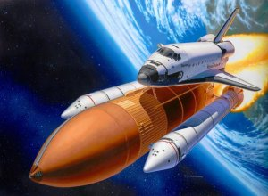 REVELL 04736 - 1:144 Space Shuttle Discovery & Booster Rockets