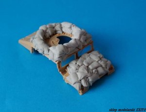 PANZERART 35310 - 1:35 Humvee with sandbags armor (mobile check point)