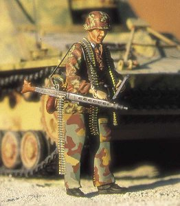 M-MODEL 35019 - 1:35 German Machinegunner