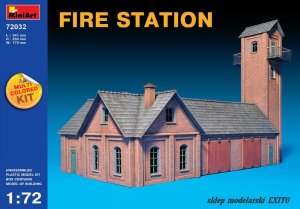 MINIART 72032 - 1:72 Fire Station - multicolored kit