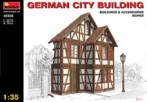 MINIART 35506 - 1:35 German City Building