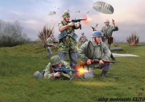REVELL 02532 - 1:72 German Paratroops WWII
