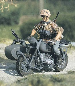 M-MODEL 35035 - 1:35 German Motor Cyclist