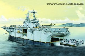 HOBBY BOSS 83403 - 1:700 USS Essex LHD-2