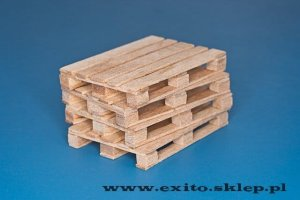 RB MODEL 35D30 - 1:35 Natural wood pallets 4 pcs