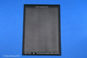 RB PRODUCTIONS T034 - 1:32 Honeycomb Radiator Mesh (30/10)