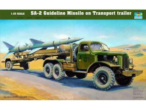 TRUMPETER 00204 - 1:35 SA-2 Guideline Missile on Transport trailer