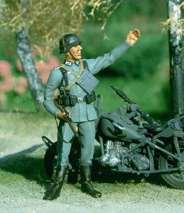 M-MODEL 35016 - 1:35 German Soldier - September 1939