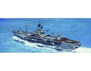 TRUMPETER 05719 - 1:700 USS Mount Whitney LCC 20 Version 1997