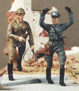 M-MODEL 35005 - 1:35 Polish Cavalry & German Officer - 1939